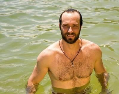 Fernando Pavão, ator de Máscaras